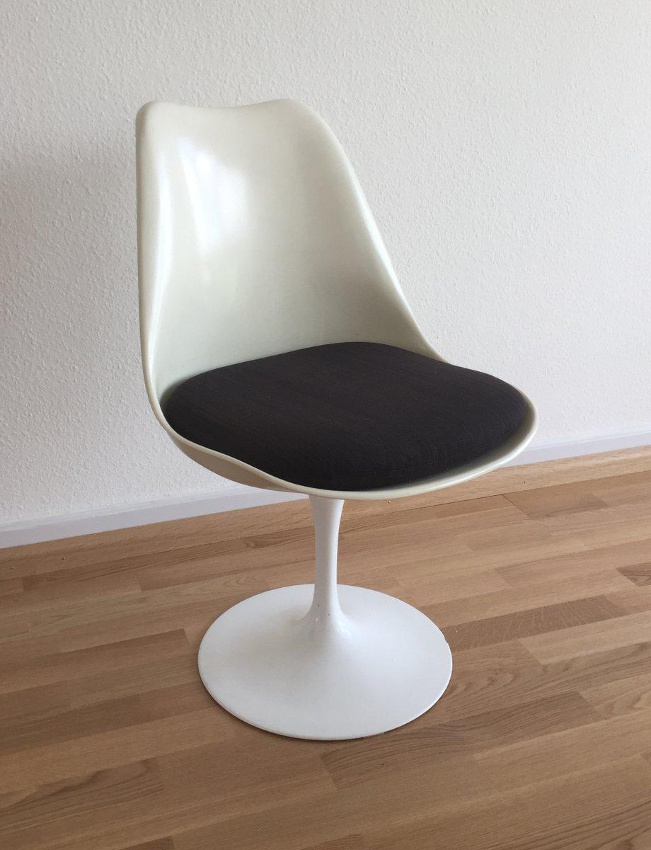 Mid Century Swivel Tulip Chairs By Eero Saarinen For Knoll