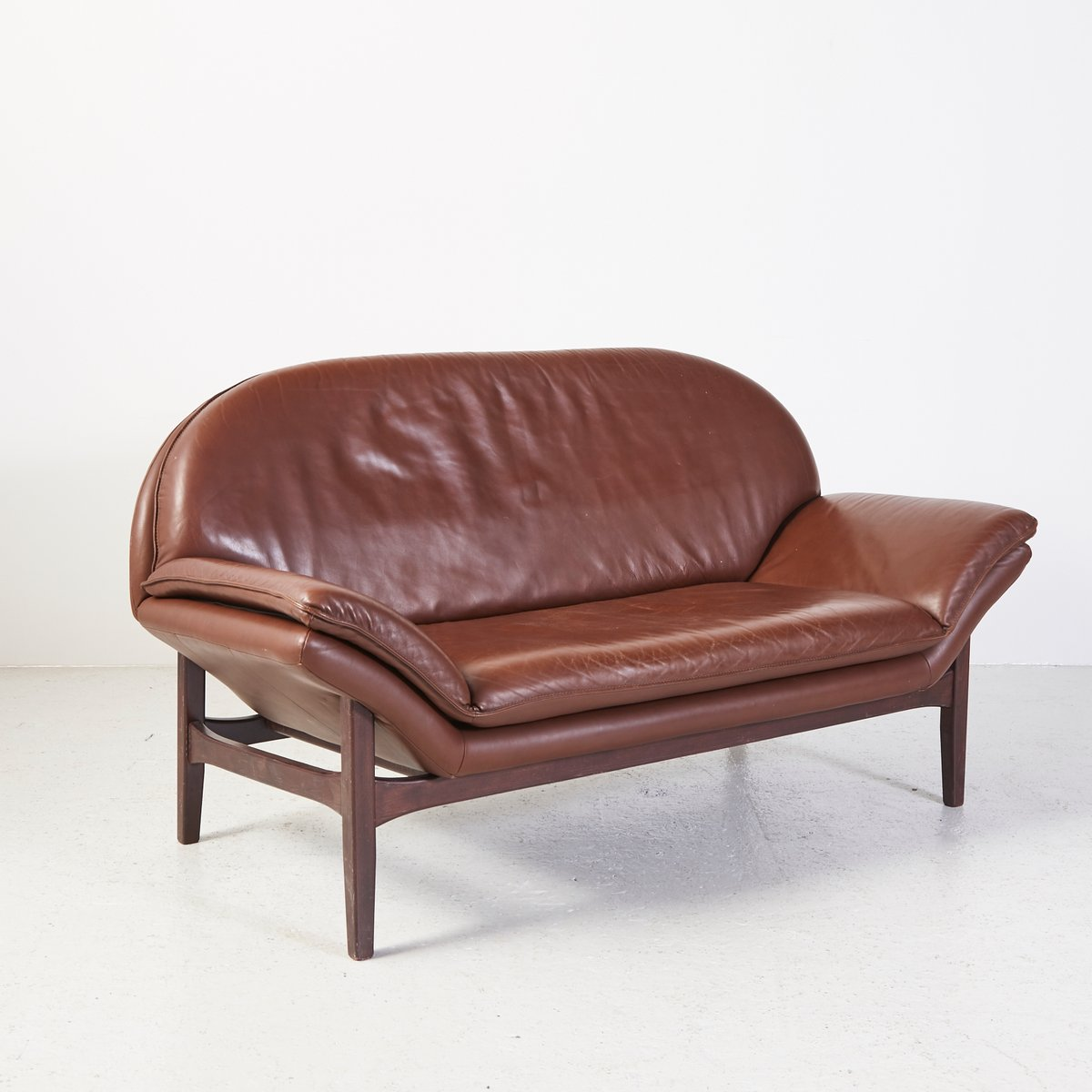 Vintage Leather 2 Seater Sofa for sale at Pamono : vintage leather 2 seater sofa 2 from www.pamono.com.au size 1200 x 1200 jpeg 71kB