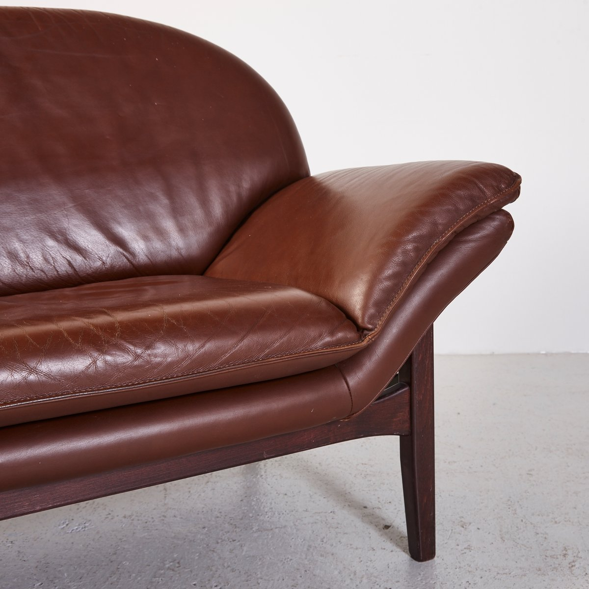 Vintage Leather 2 Seater Sofa For Sale At Pamono