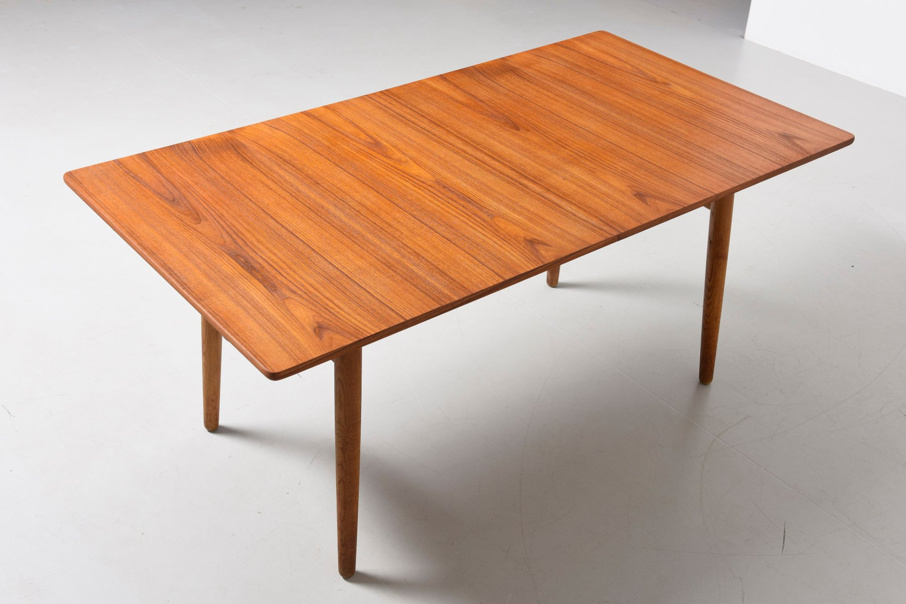Mid Century Teak Dining Table By Hans J Wegner For Sale At Pamono