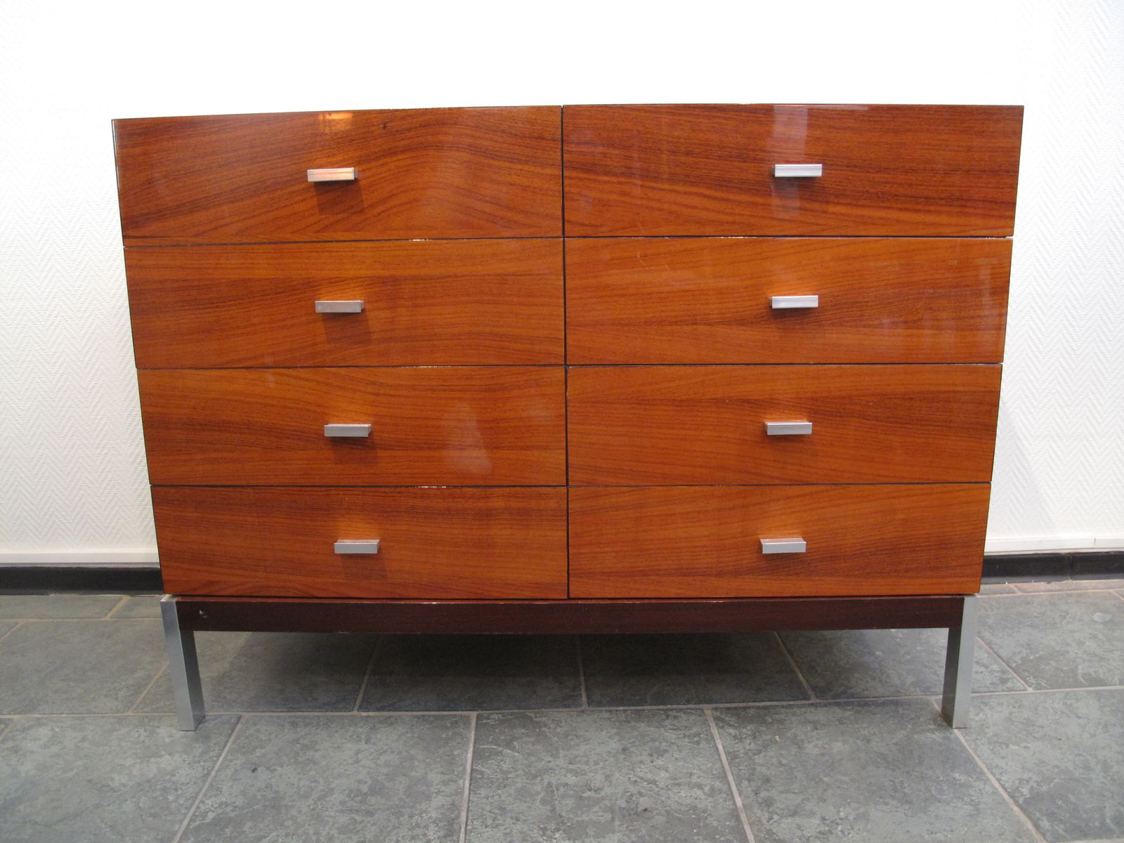 mid century palisander kommode 1970er bei pamono kaufen. Black Bedroom Furniture Sets. Home Design Ideas