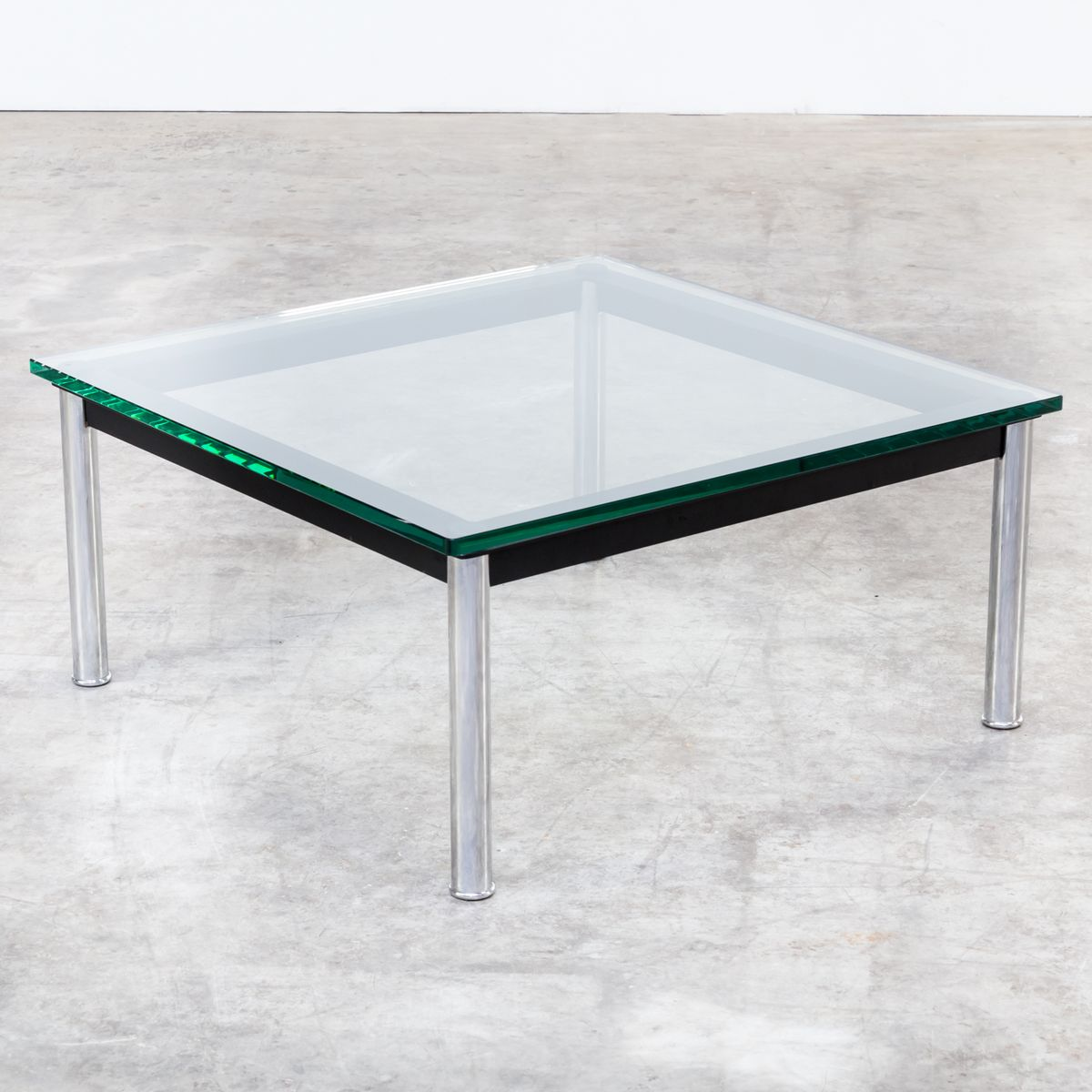 LC10P Model 3965 Coffee Table by Le Corbusier, Jeanneret, and ...