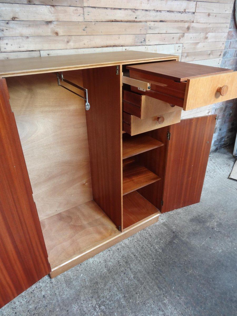 kleiderschrank von meredew 1950er bei pamono kaufen. Black Bedroom Furniture Sets. Home Design Ideas