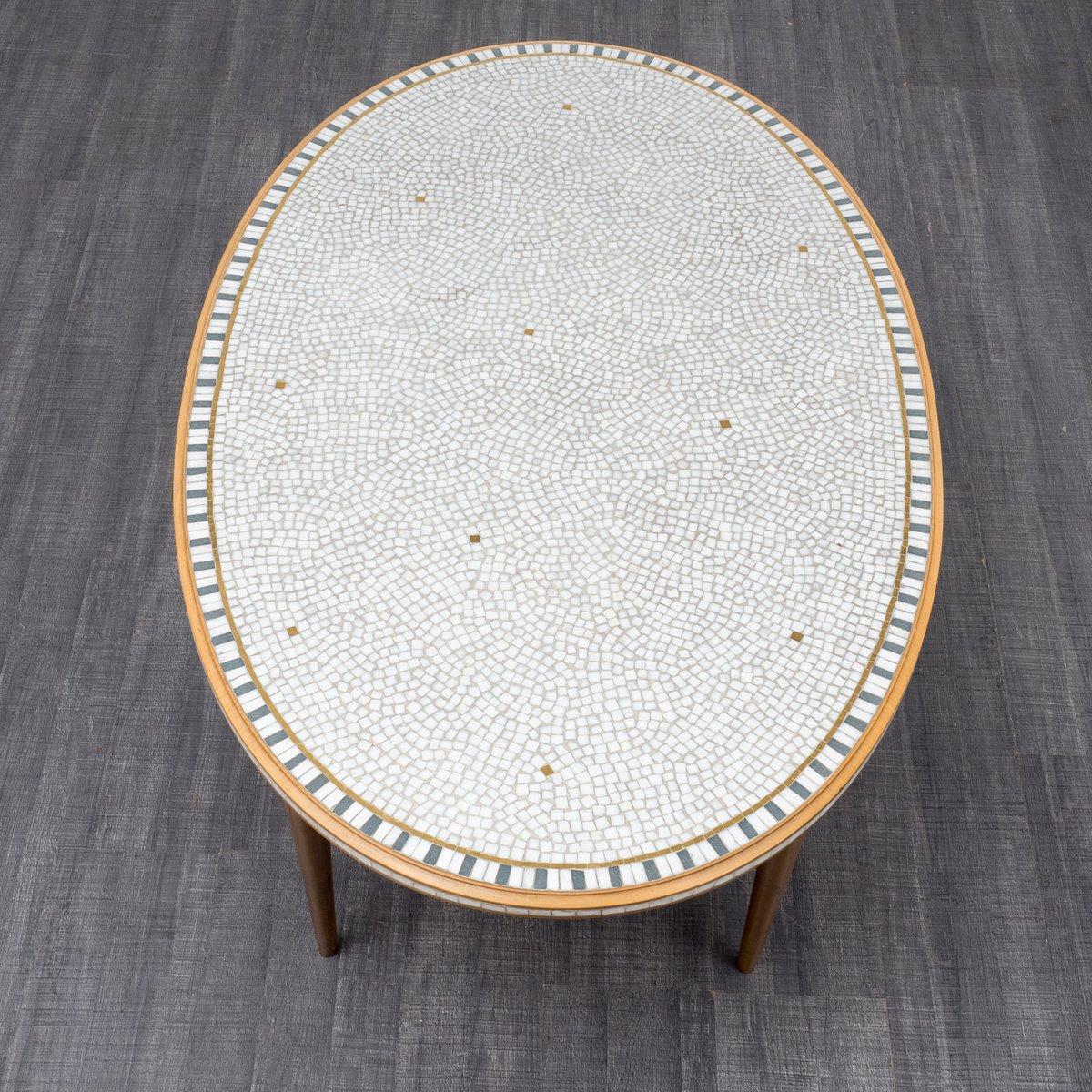 Ovaler Mosaik Couchtisch, 1950er bei Pamono kaufen