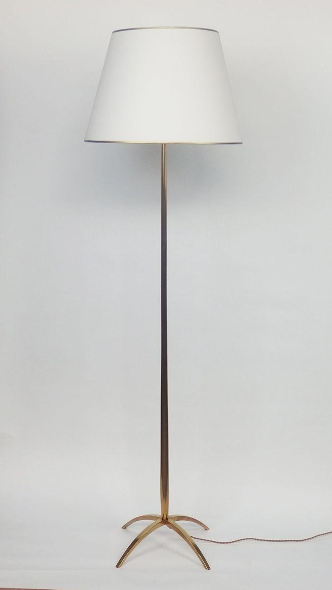 lampadaire en bronze avec abat jour en papier 1950s en vente sur pamono. Black Bedroom Furniture Sets. Home Design Ideas