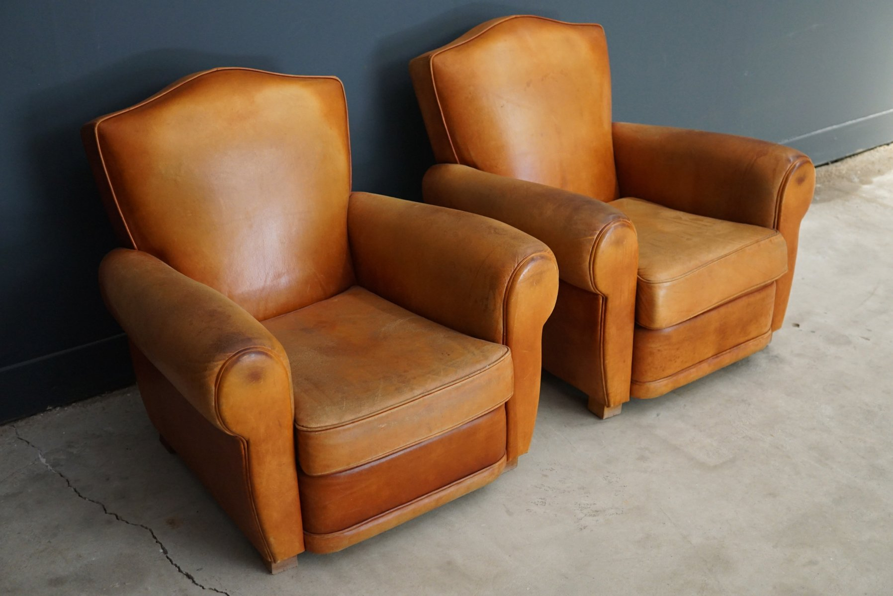 Very comfortable pair of 1950s french reclining leather armchairs - Price 3 609 00 Regular Price 4 229 00