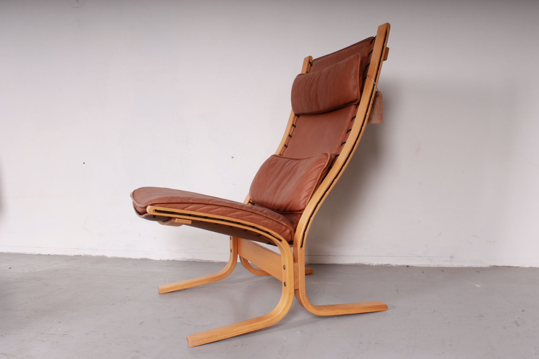 Vintage Siesta Chair With Ottoman By Ingmar Relling For