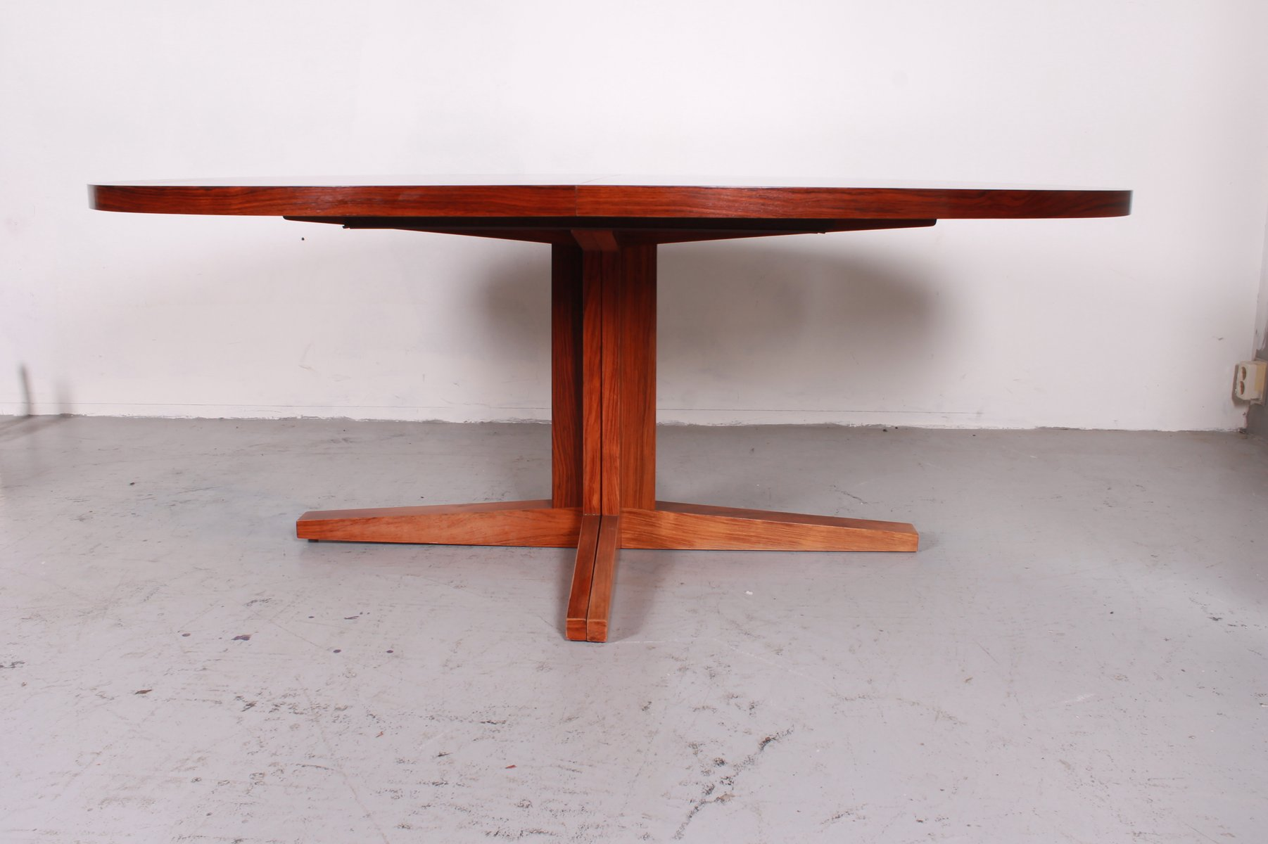 vintage extensible dining table from dyrlund for sale at