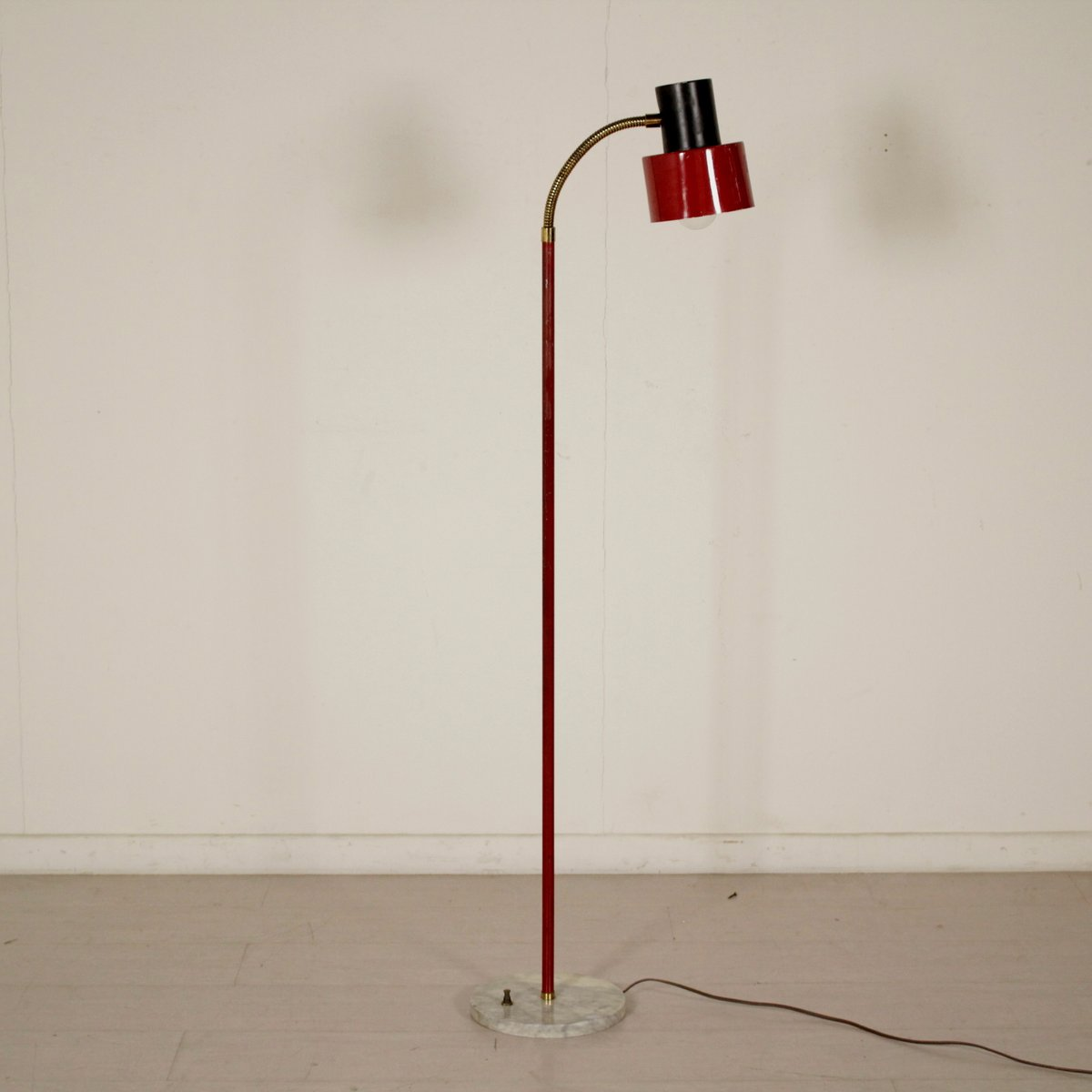 vintage italian red floor lamp for sale at pamono - vintage italian red floor lamp