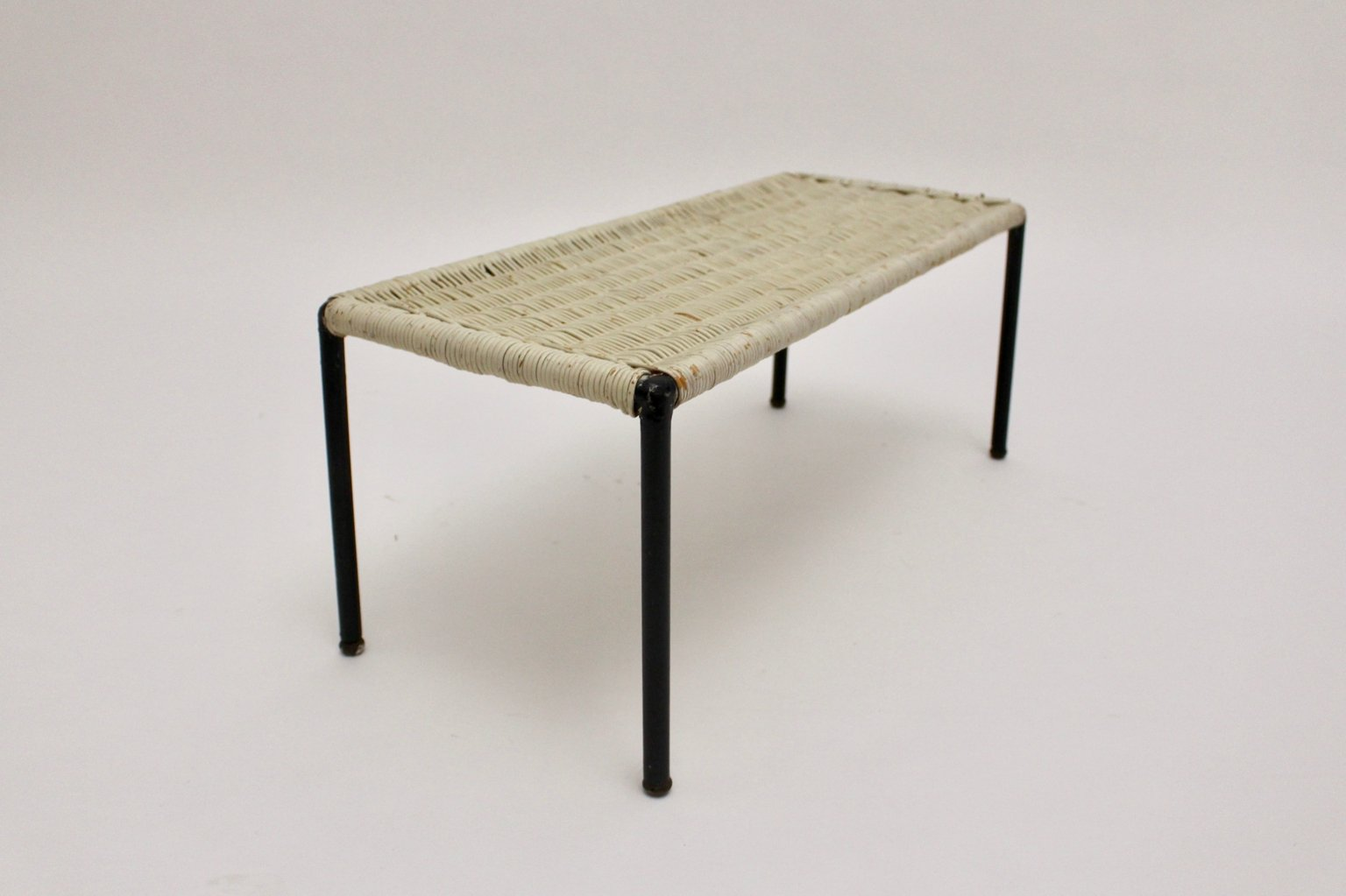 Mid century modern side table 1950s for sale at pamono Modern side table