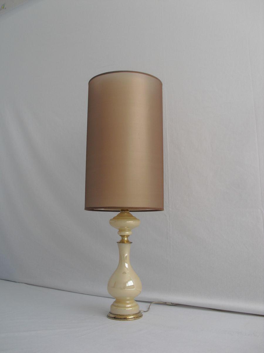 Lampada da tavolo vintage in vetro e dettagli in ottone in - Lampada da tavolo vintage ...