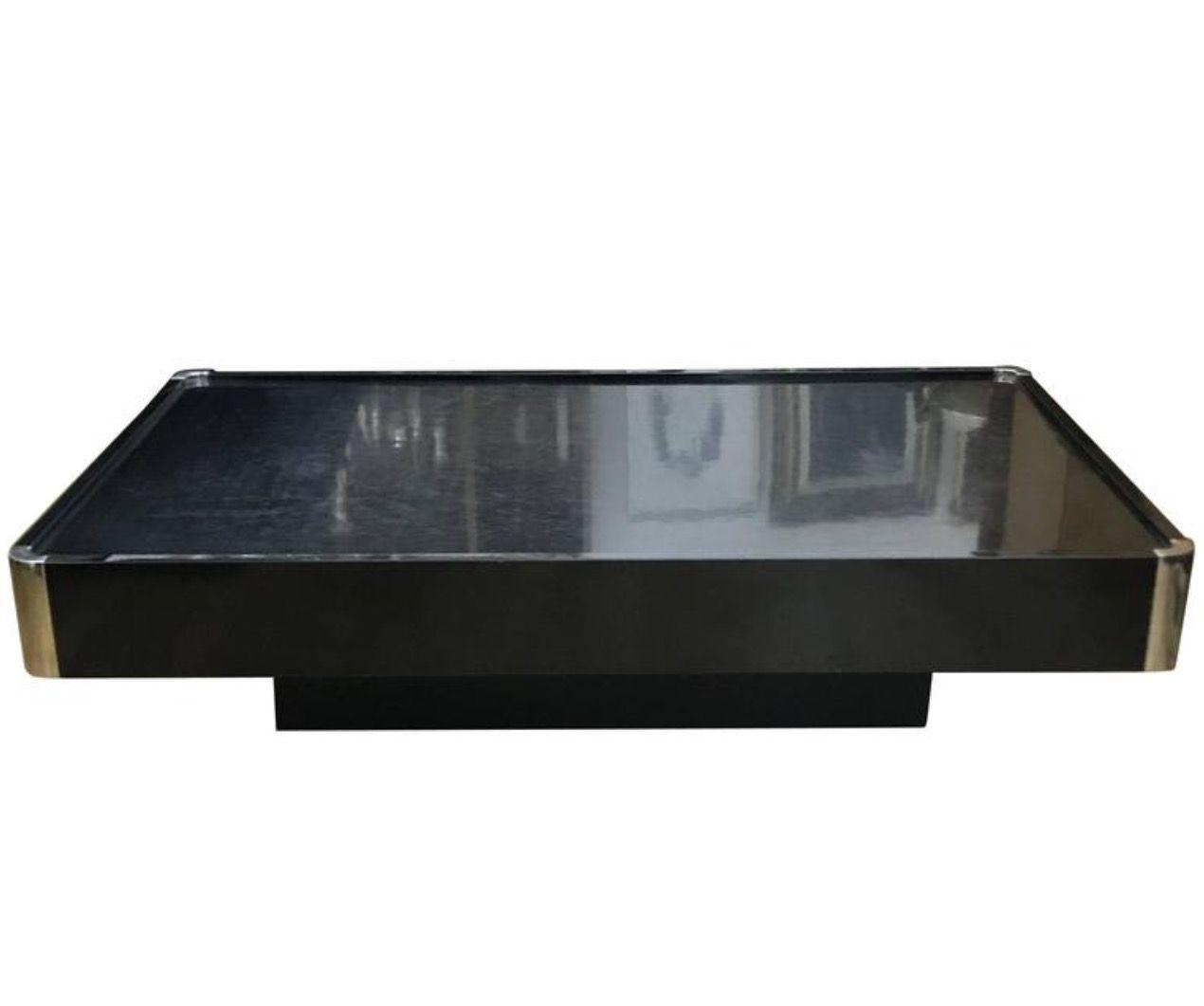 lackierter schwarzer couchtisch mit verchromten ecken von willy rizzo 1970er bei pamono kaufen. Black Bedroom Furniture Sets. Home Design Ideas