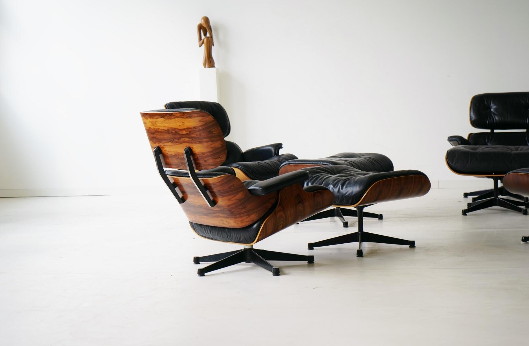 vintage lounge chair with ottoman by charles ray eames. Black Bedroom Furniture Sets. Home Design Ideas