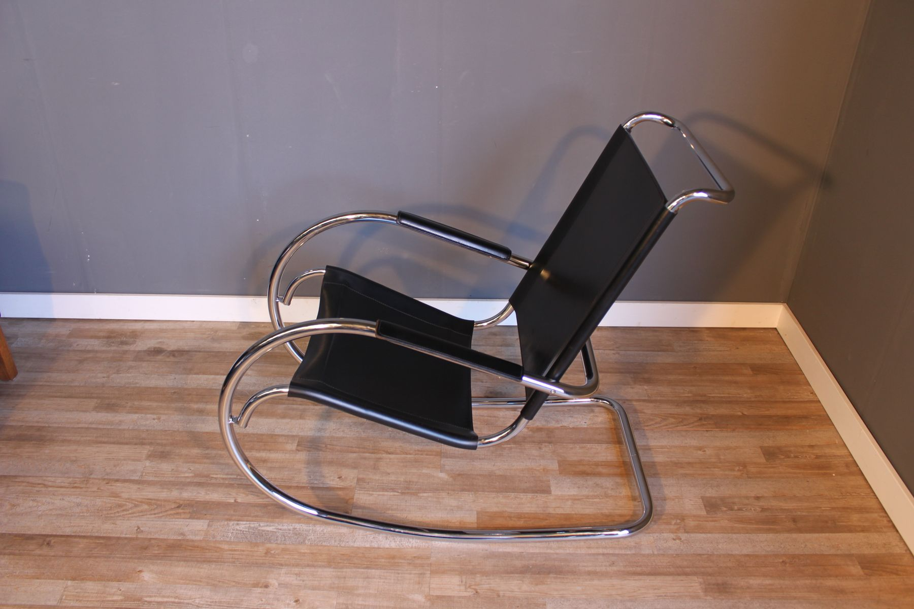 Mid Century Steel Tube Rocking Chair By Mies Van Der Rohe For Knoll For Sale At Pamono