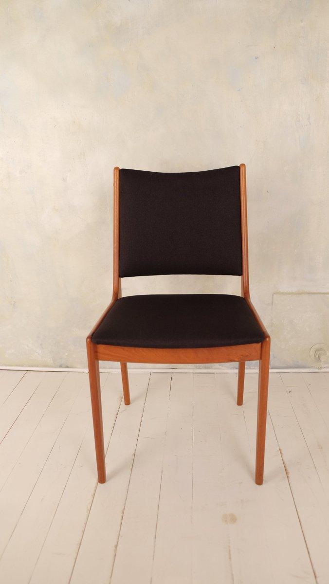 Table de salle manger mid century avec 6 chaises par for Table de salle a manger avec 6 chaises