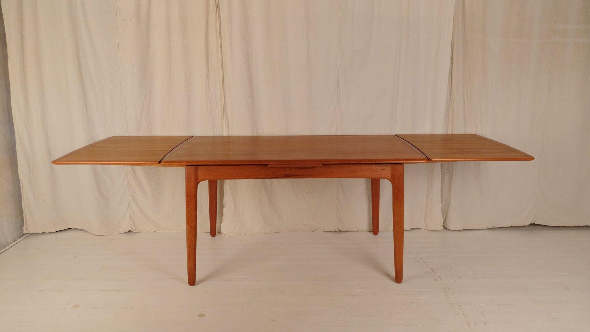 Table de salle manger mid century avec 6 chaises par for Table de salle a manger 6 chaises