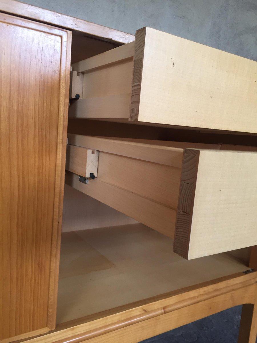 armoire vintage en bois massif 1960s en vente sur pamono. Black Bedroom Furniture Sets. Home Design Ideas