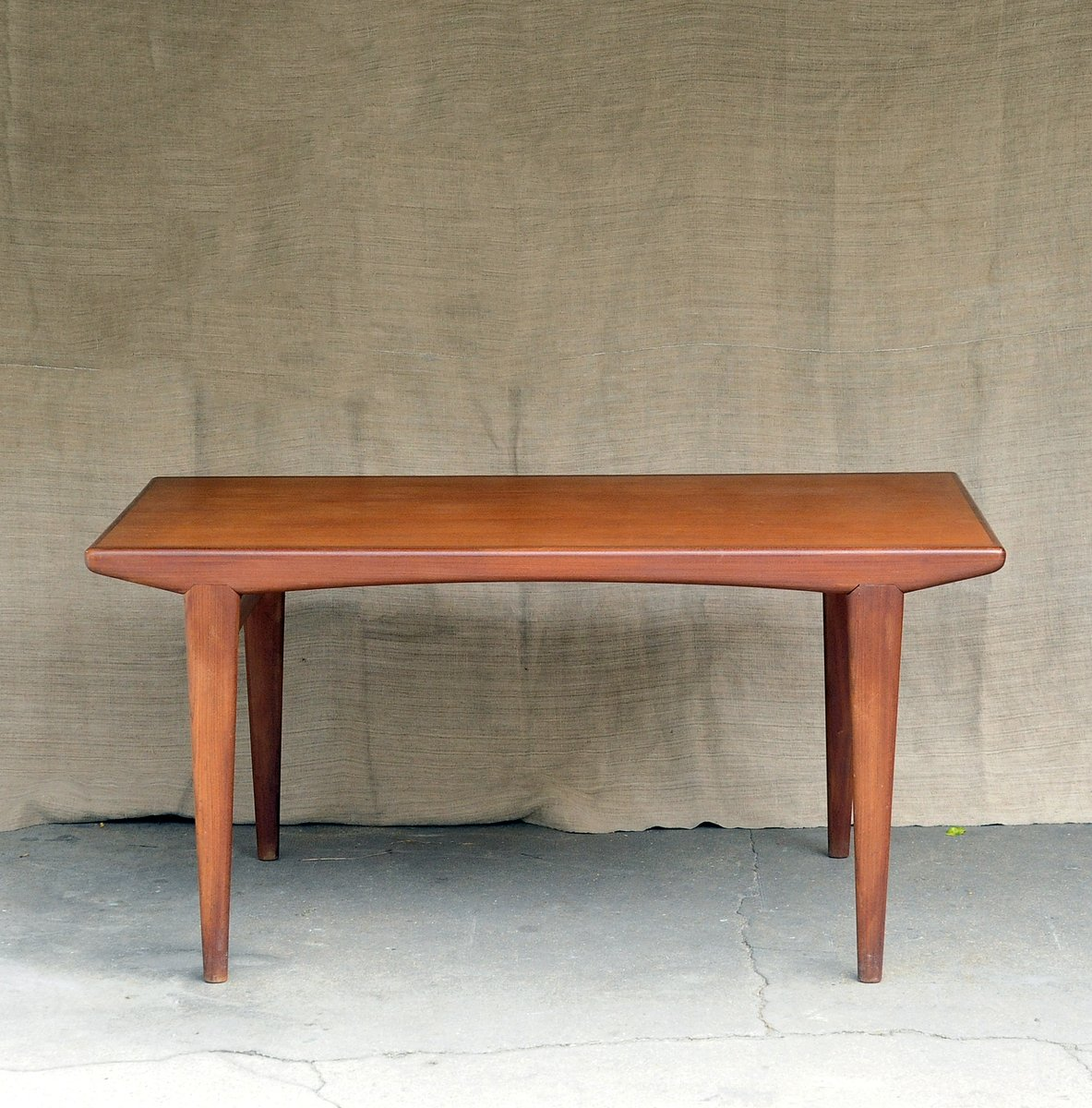 Vintage Teak Dining Table for sale at Pamono : vintage teak dining table 1 from www.pamono.com size 1183 x 1200 jpeg 165kB