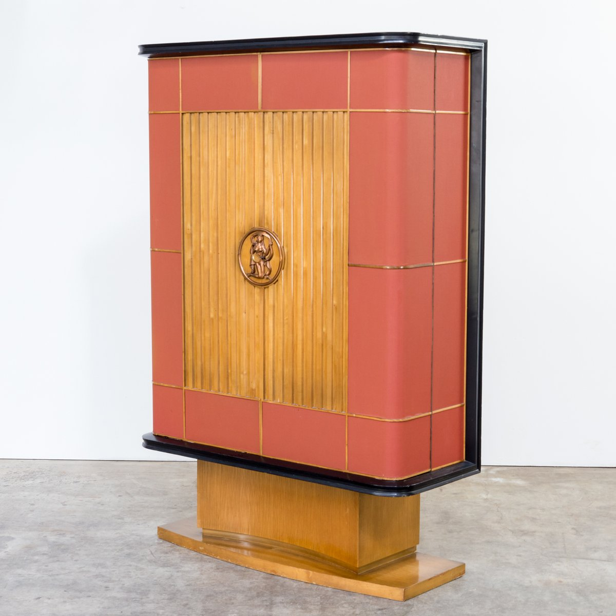 Art deco cabinet 1930s for sale at pamono for 1930s kitchen cabinets for sale