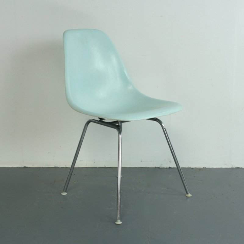 vintage duck egg blue dsx side chair by charles ray. Black Bedroom Furniture Sets. Home Design Ideas