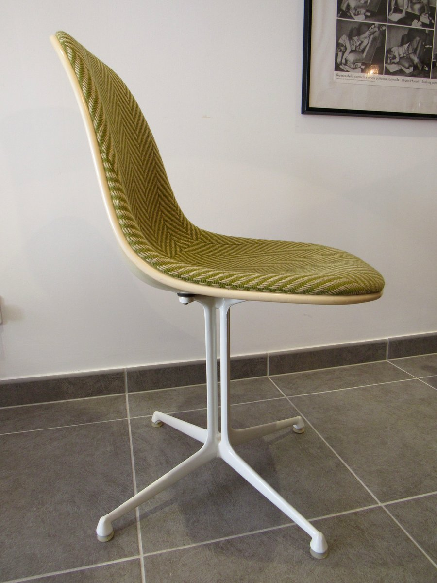 Vintage la fonda chair by charles ray eames for herman for Mobilier international eames