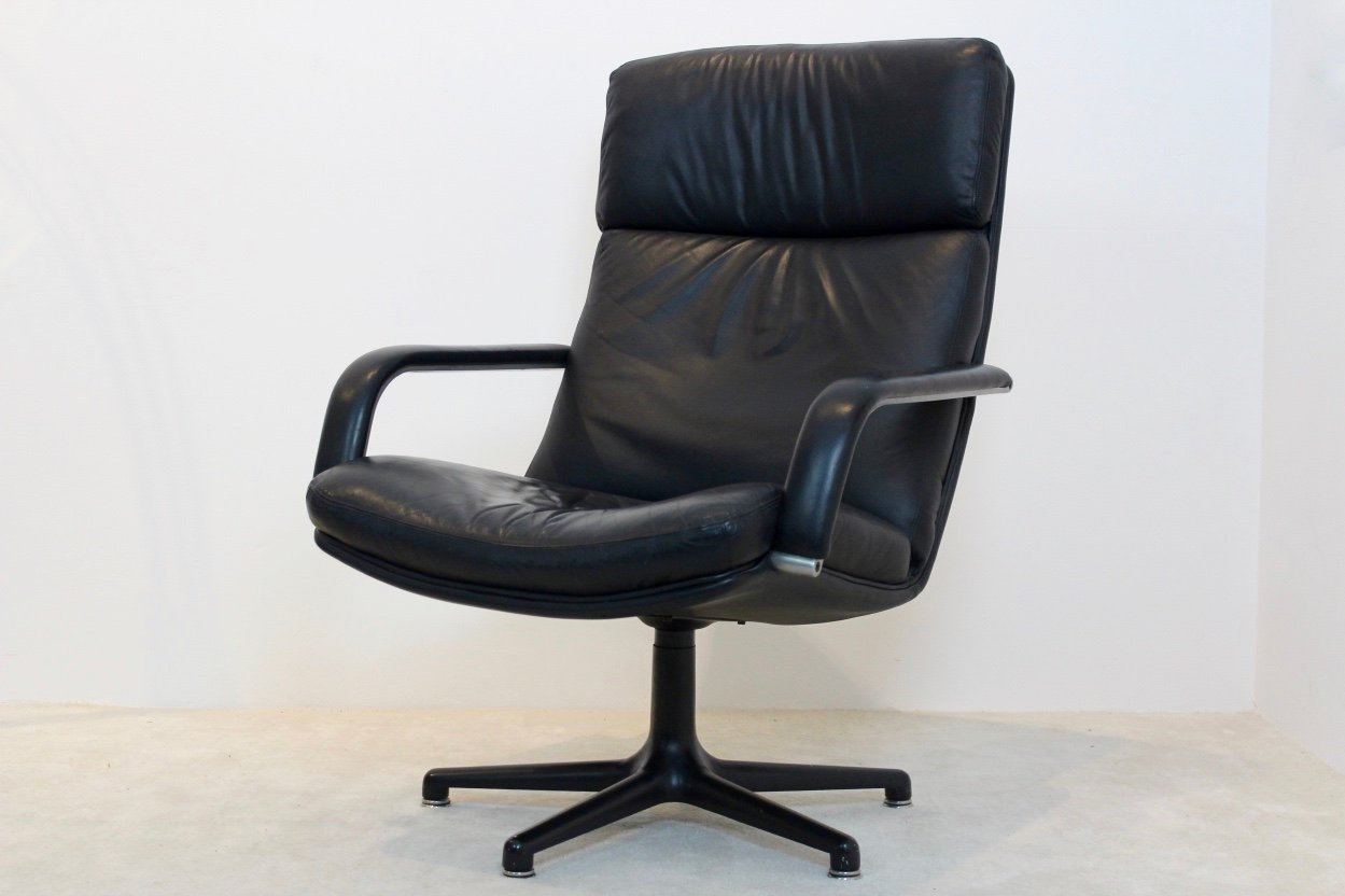 Vintage leather swivel chair - Vintage Model F141 Swivel Lounge Chair By Geoffrey Harcourt For Artifort