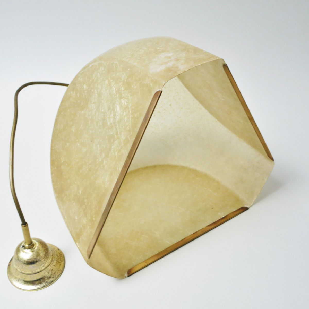 lampe suspension tricia vintage en fibre de verre et. Black Bedroom Furniture Sets. Home Design Ideas