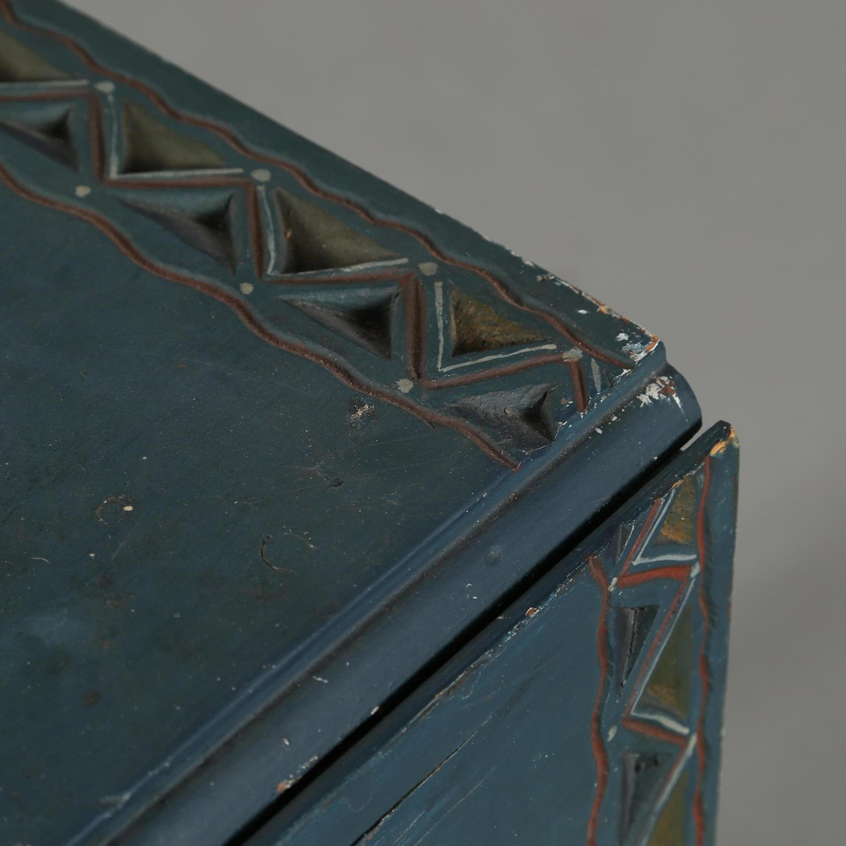Antique Blue Console Table With Extension Leaves, 1780s 7. $1,514.00. Price  Per Piece