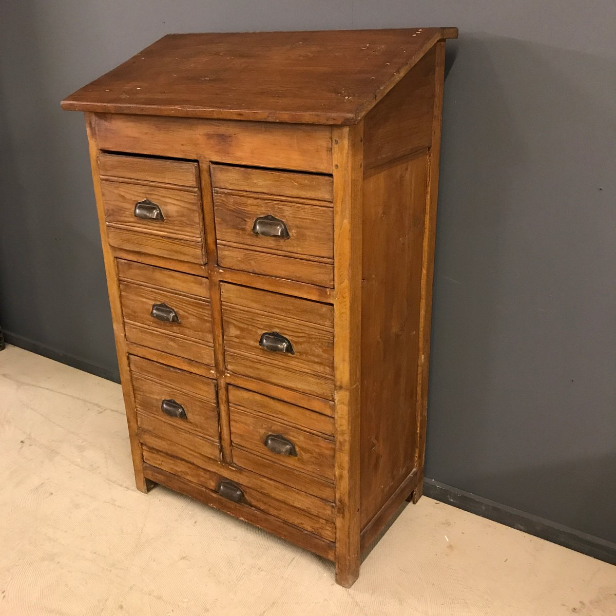 vintage pine wooden bank of drawers for sale at pamono. Black Bedroom Furniture Sets. Home Design Ideas