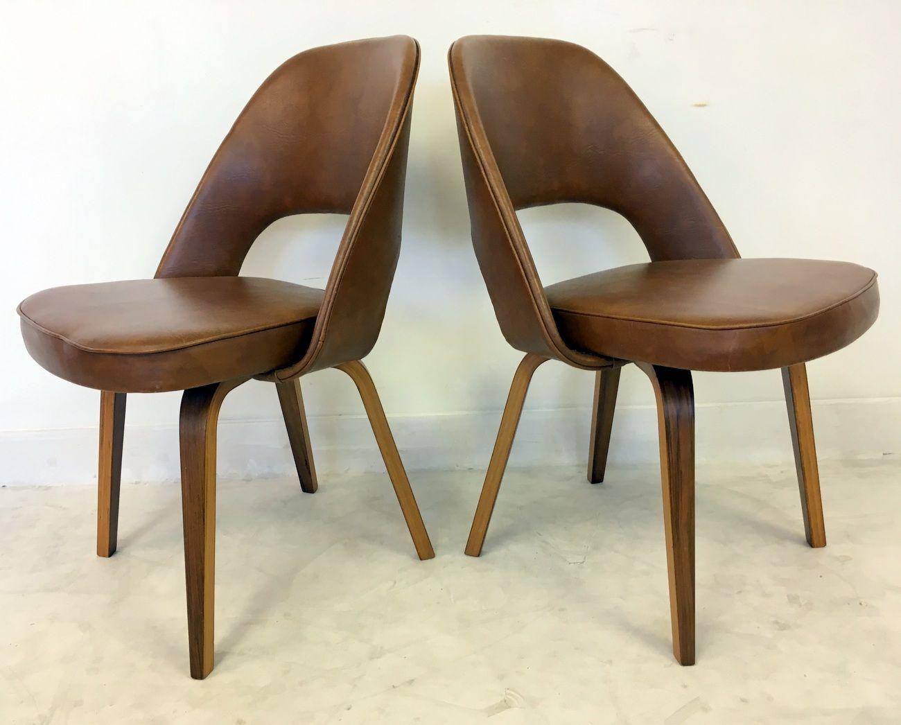 chaises de direction vintage par eero saarinen pour knoll. Black Bedroom Furniture Sets. Home Design Ideas