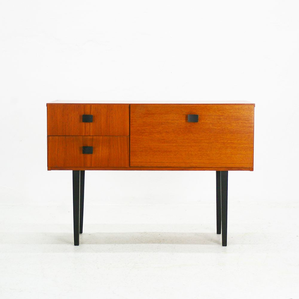 small teak commode 1960s for sale at pamono. Black Bedroom Furniture Sets. Home Design Ideas