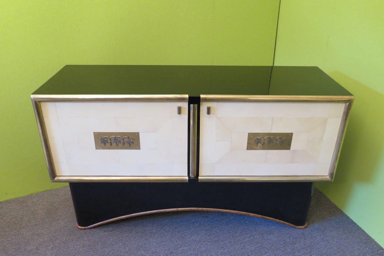 enfilade art d co italie 1930s en vente sur pamono. Black Bedroom Furniture Sets. Home Design Ideas