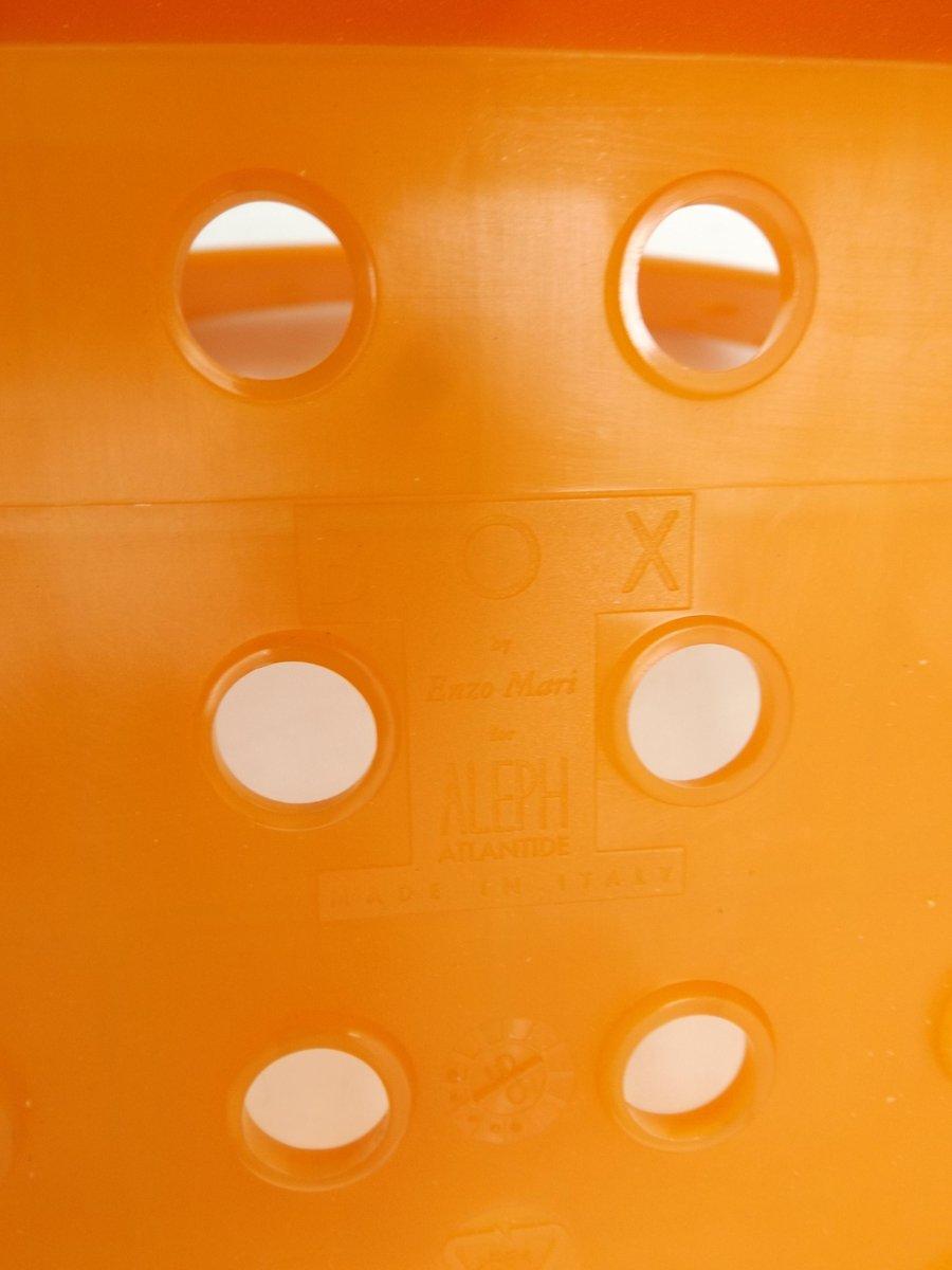 chaise box par enzo mari en vente sur pamono. Black Bedroom Furniture Sets. Home Design Ideas