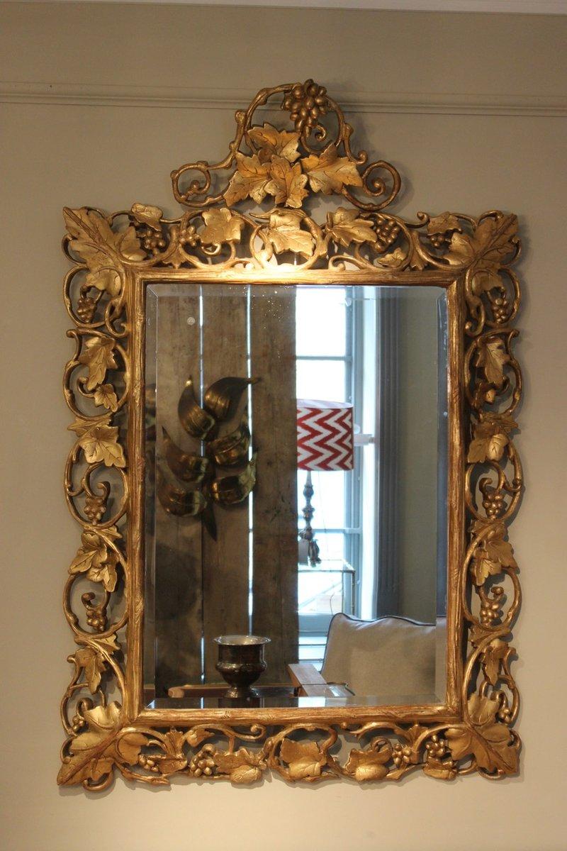 Specchio antico in legno dorato, Italia in vendita su Pamono