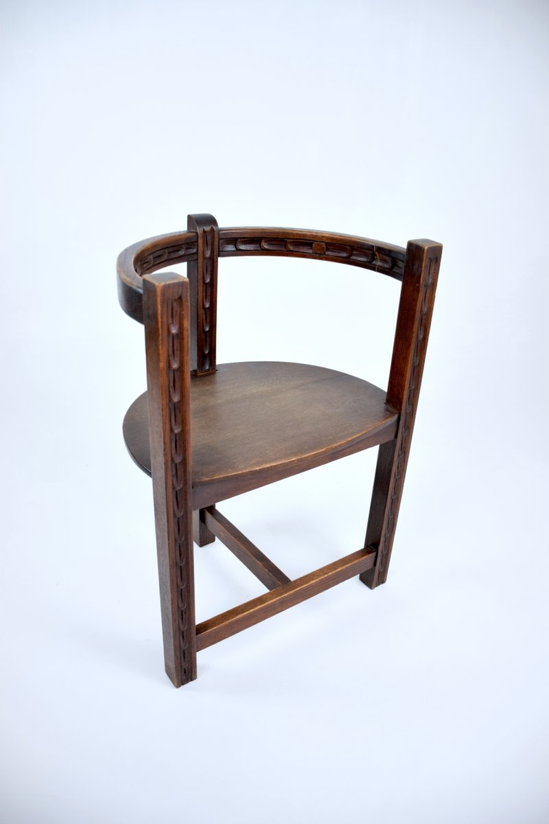 French art deco sculpted oak chair 1930s for sale at pamono for Chair design 1930