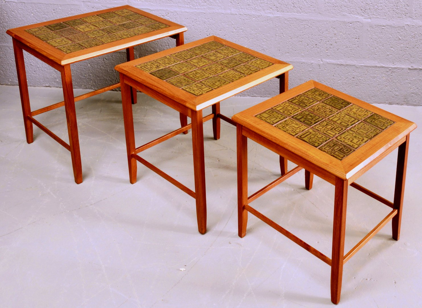 Mid Century Nest Of Teak And Ceramic Tile Coffee Tables For Sale At Pamono