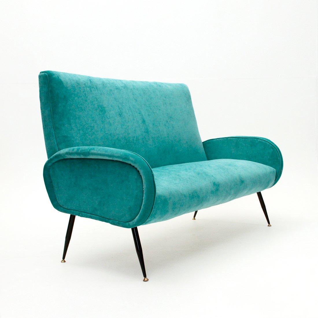italienisches mid century samtsofa 1950er bei pamono kaufen. Black Bedroom Furniture Sets. Home Design Ideas