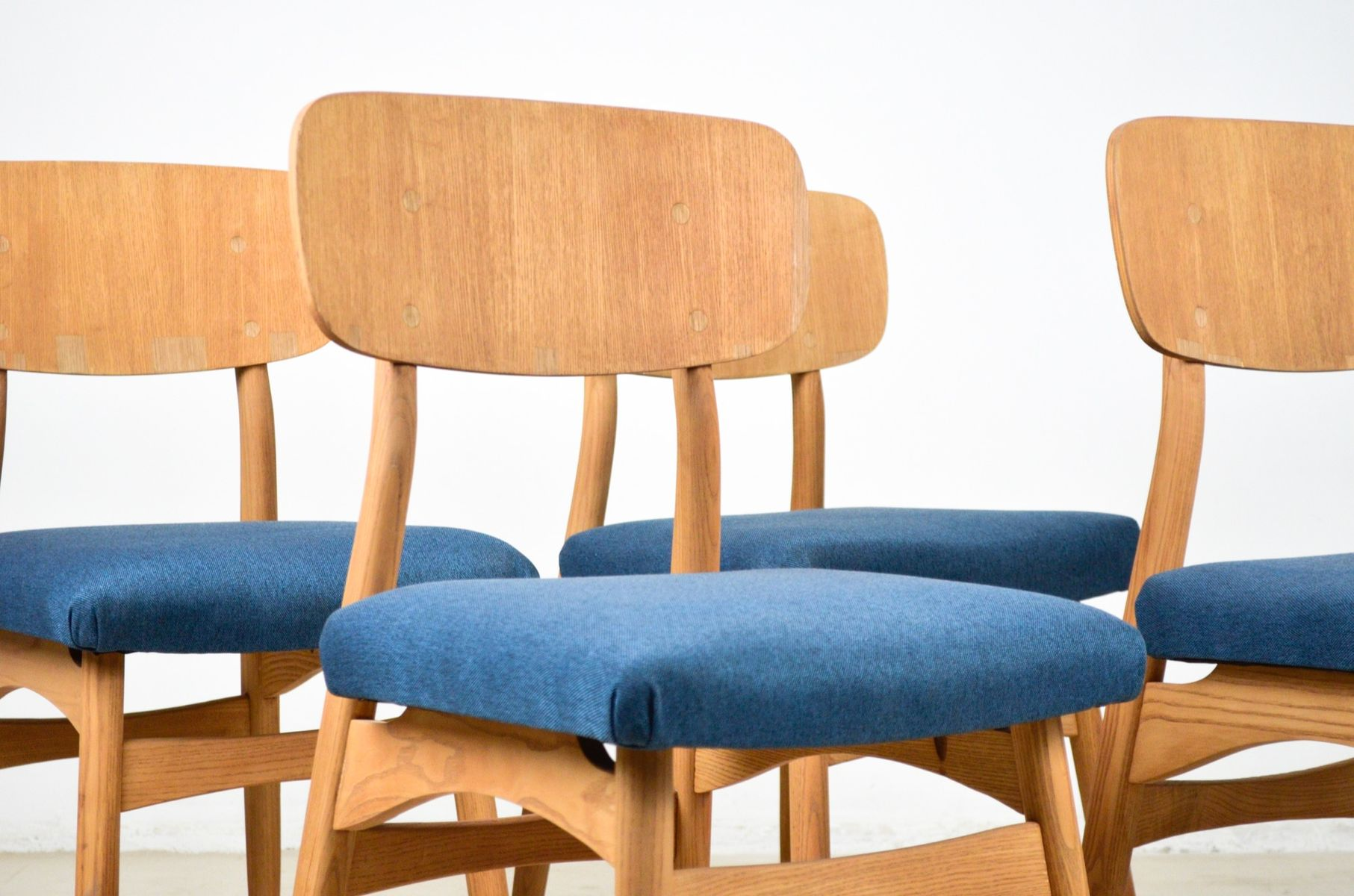Ash Dining Chair with Deep Blue Upholstery 1960s for sale at Pamono