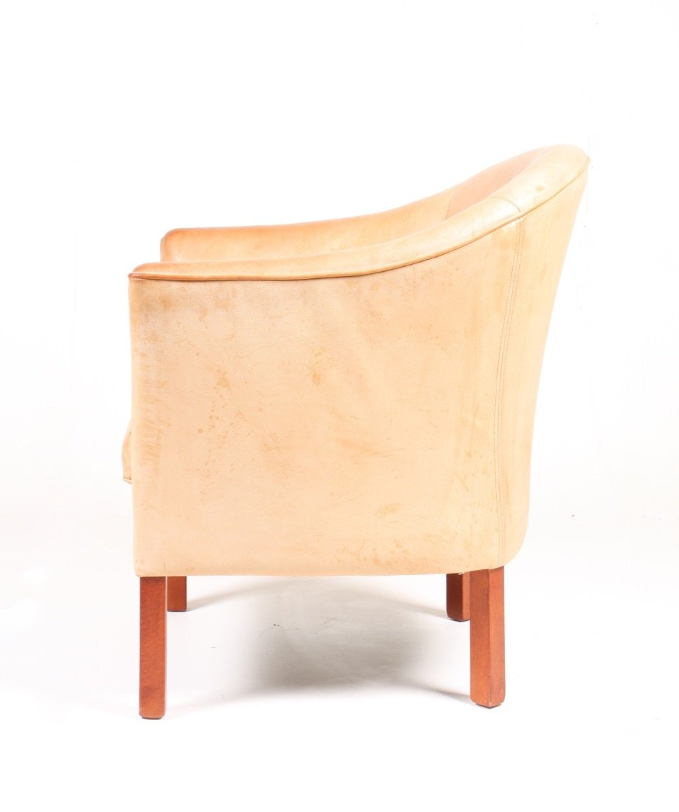 Danish Leather Lounge Chair from Mogens Hansen 1980s for