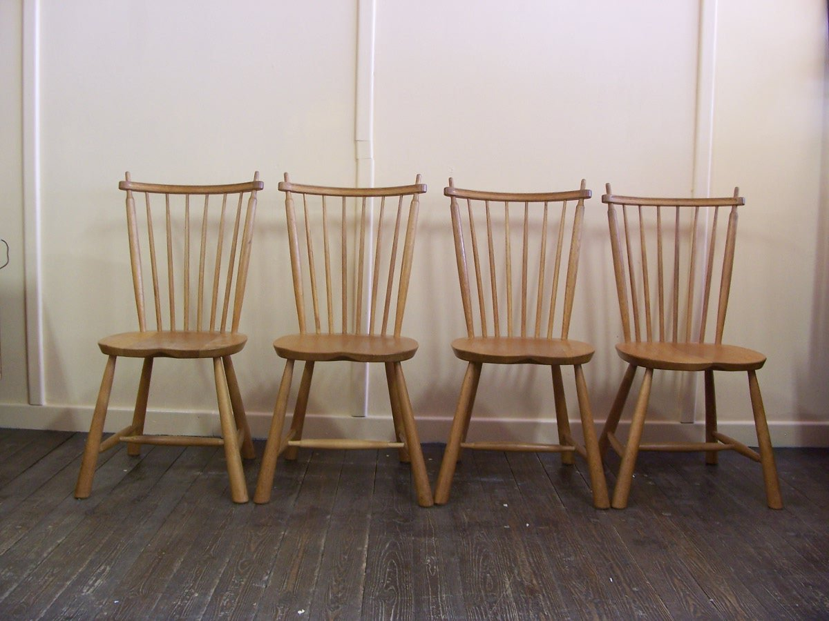 Vintage wooden dining chairs set of 4 for sale at pamono for Wooden dining chairs for sale