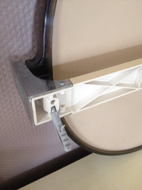 Bathroom wall mirror 1970s for sale at pamono for Bathroom mirrors for sale