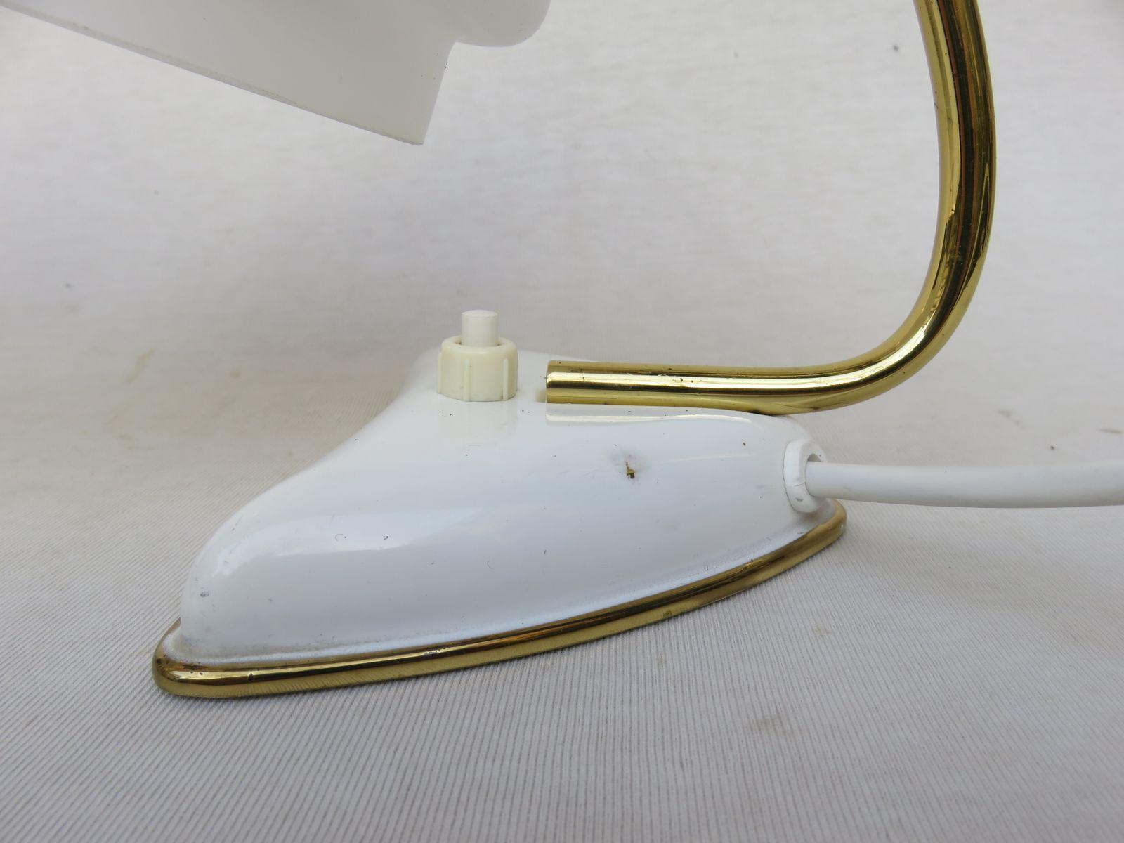 wei e italienische nachttischlampen 1950er 2er set bei pamono kaufen. Black Bedroom Furniture Sets. Home Design Ideas