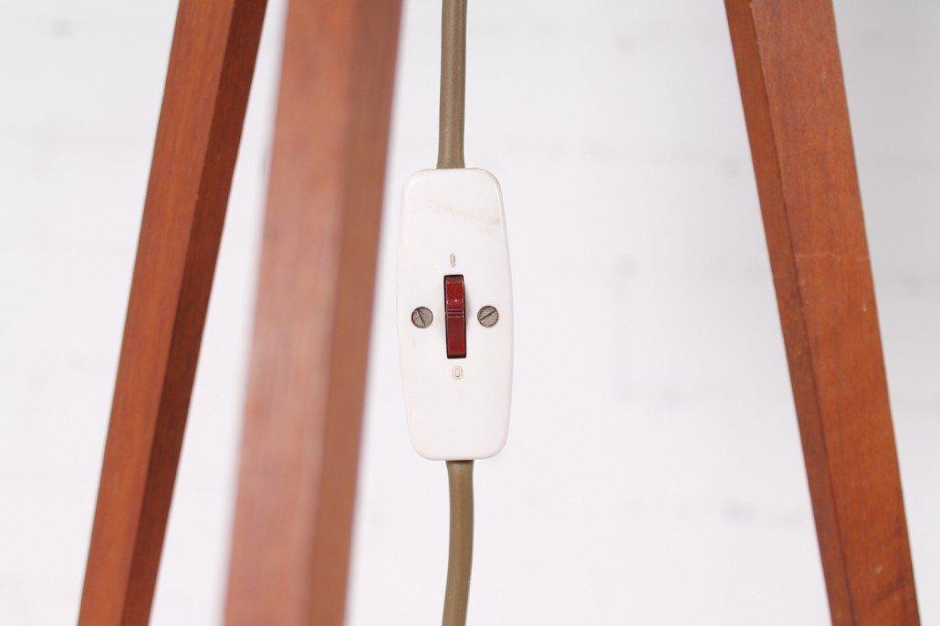 Vintage teak tripod floor lamp 1950s for sale at pamono for Tripod spotlight floor lamp in teak wood