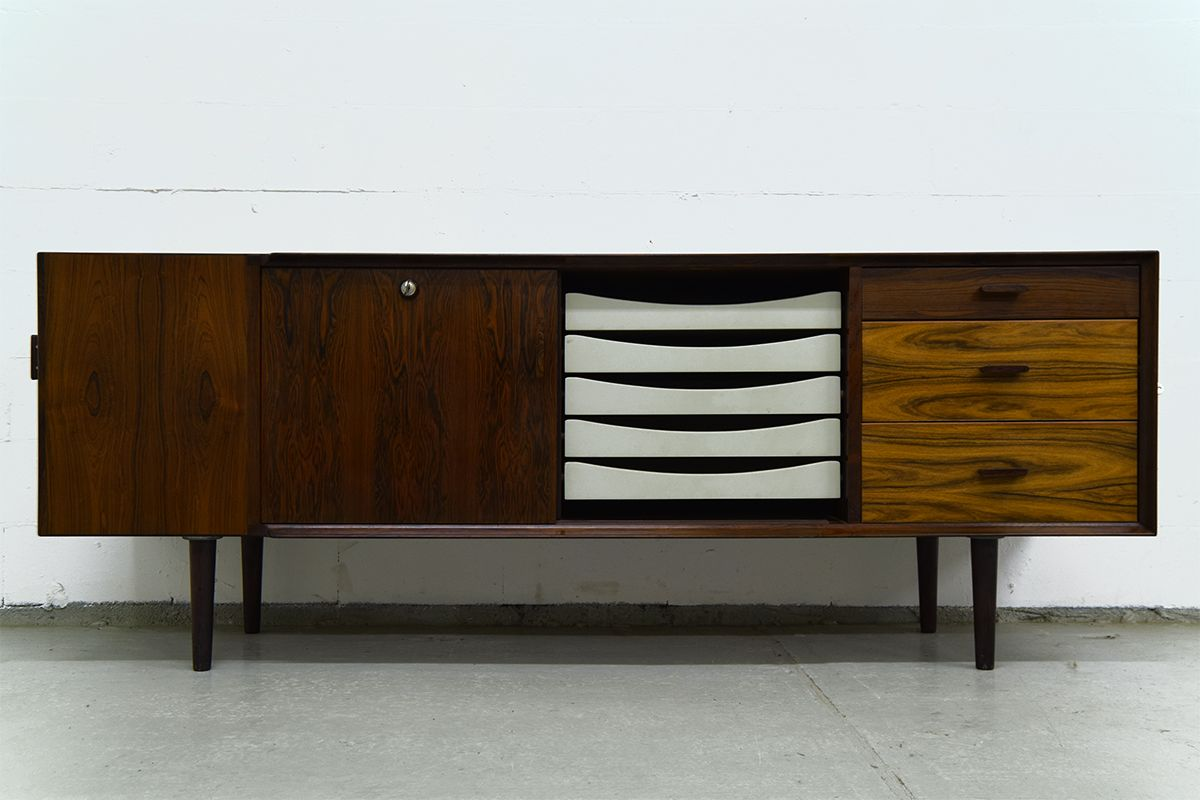 mid century schreibtisch sideboard von arne vodder f r. Black Bedroom Furniture Sets. Home Design Ideas