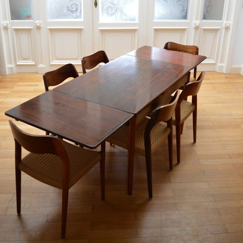 Table de salle manger en palissandre de rio de niels o for Salle a manger 1950