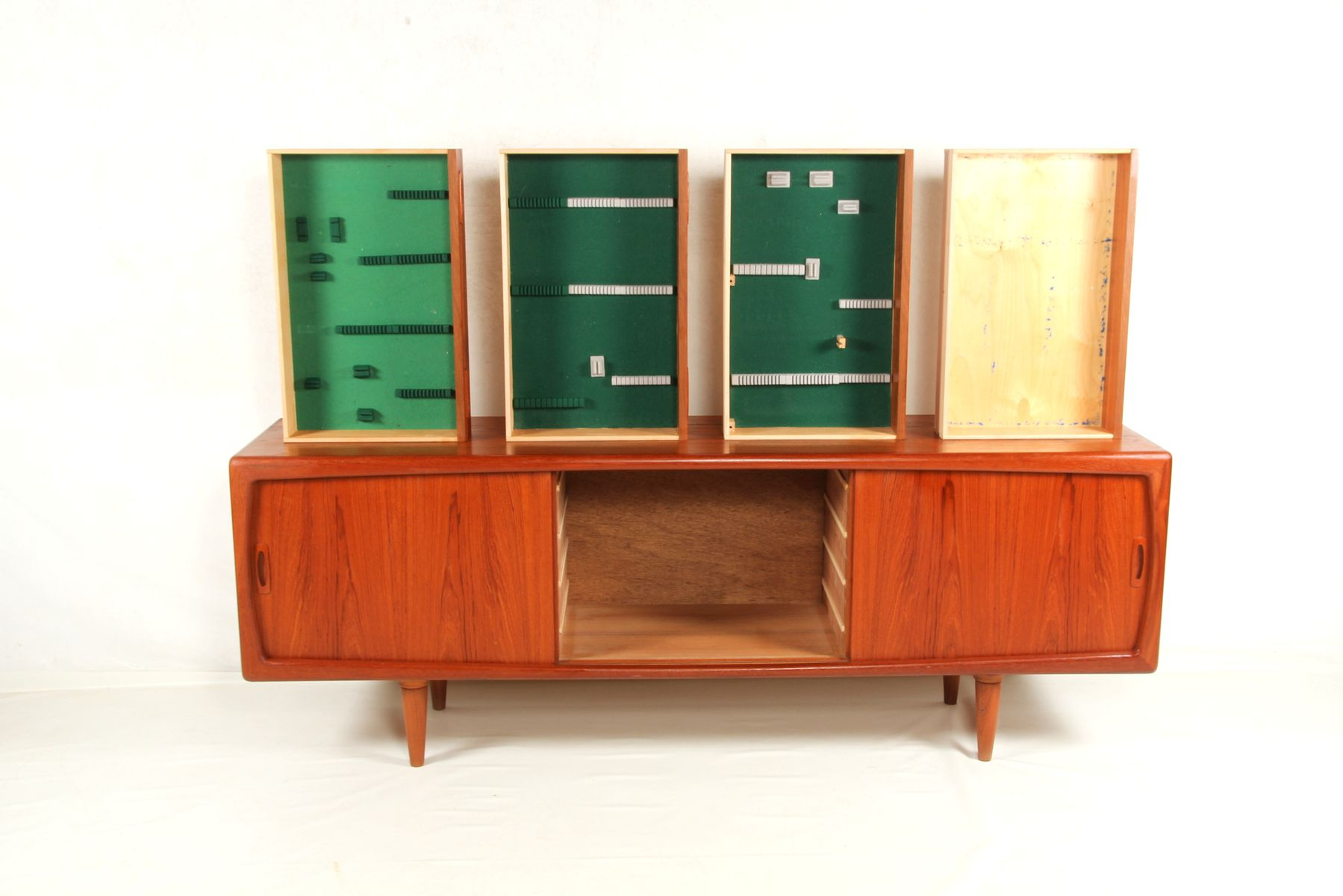 Sideboard by h p hansen 1960s for sale at pamono for Sideboard 3 meter lang