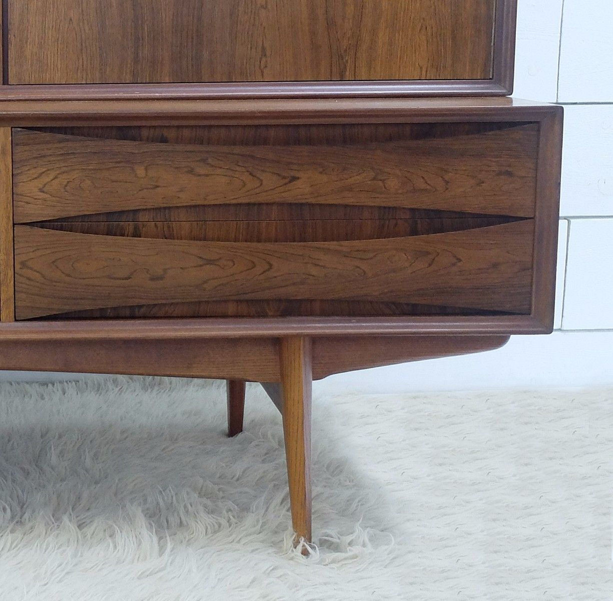 vintage rosewood highboard by oswald vermaercke for sale. Black Bedroom Furniture Sets. Home Design Ideas