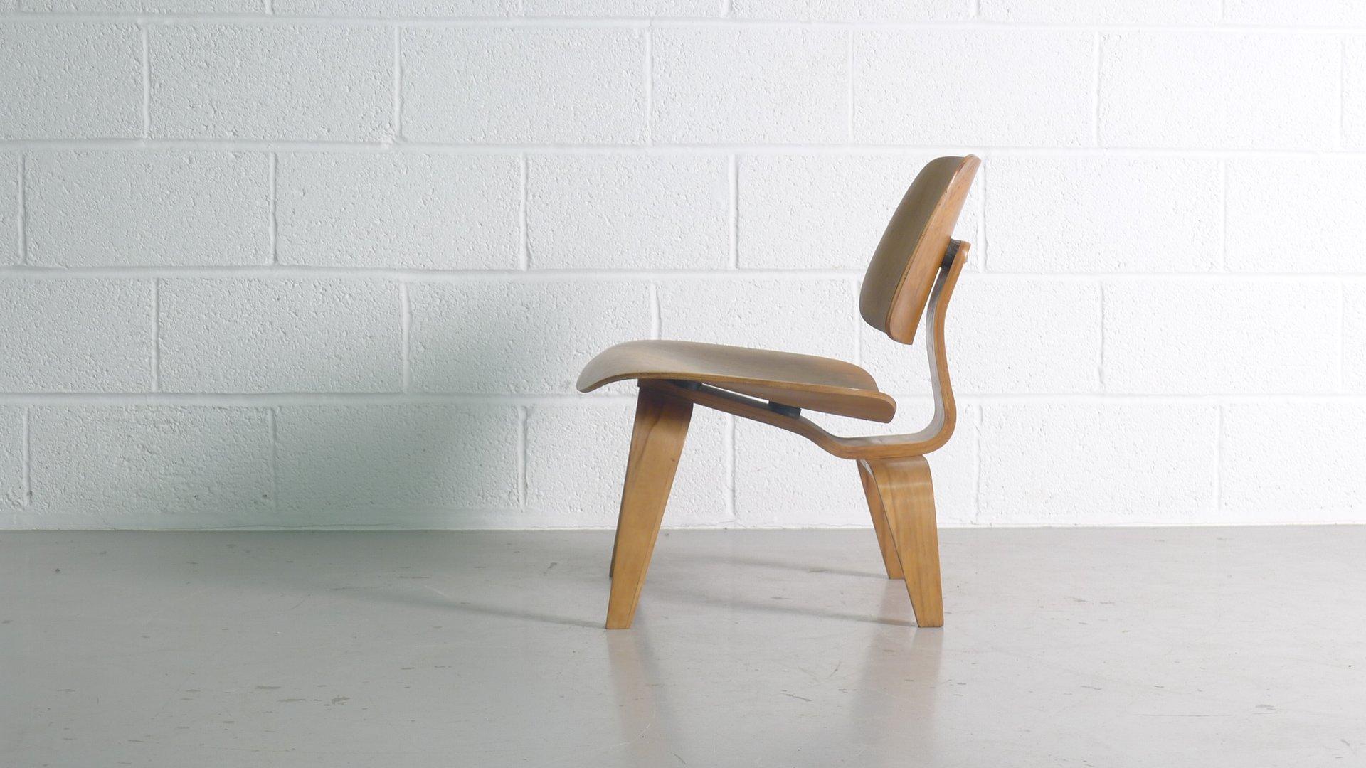 lcw stuhl von charles ray eames f r evans 1948 bei pamono kaufen. Black Bedroom Furniture Sets. Home Design Ideas