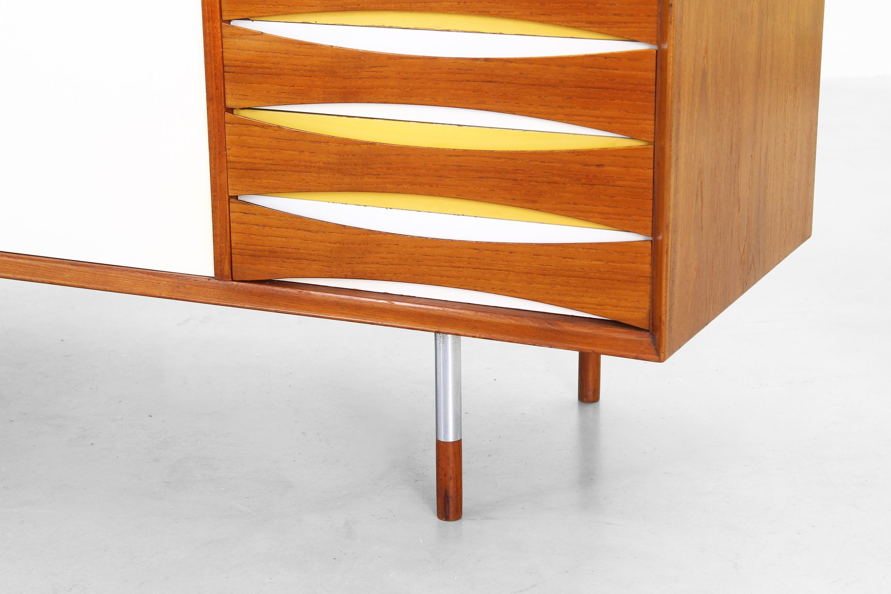 Mid Century Danish Mod 29 Sideboard By Arne Vodder For Sibast Furniture 1958 For Sale At Pamono