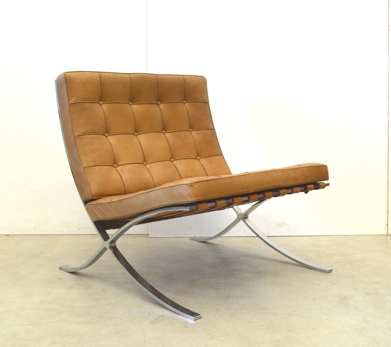 vintage barcelona chair by mies van der rohe for knoll international 1960s for sale at pamono. Black Bedroom Furniture Sets. Home Design Ideas